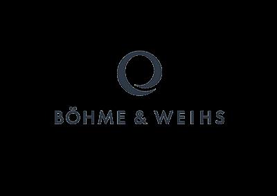 """Böhme <span class=""""amp"""">&</span> Weihs"""