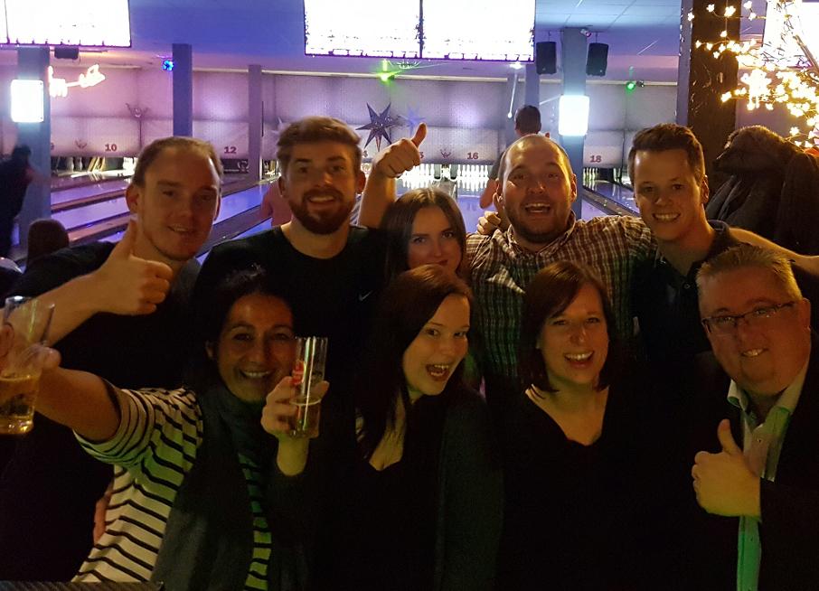 netspirits-Team beim Bowling